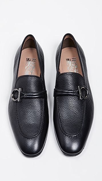 Salvatore Ferragamo America Side Gancini Loafers