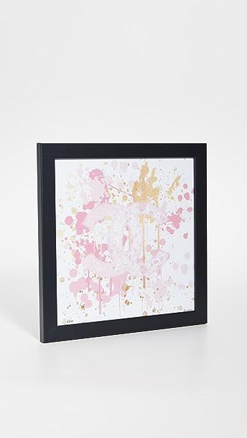 Shopbop @Home Принт с логотипом Chanel и брызгами краски