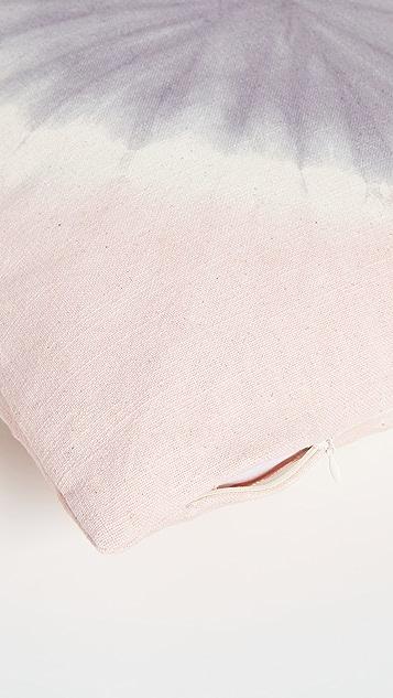 Shopbop @Home Aria 圆点扎染枕头