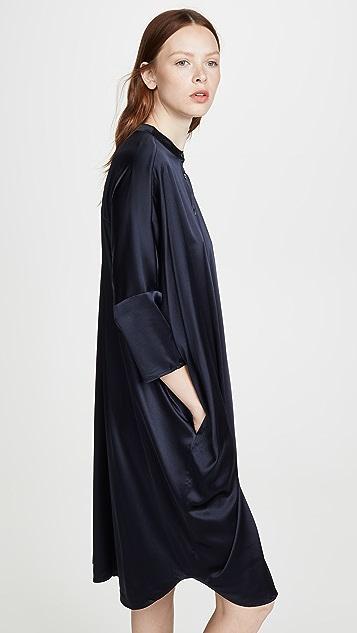 6397 大号方形连衣裙