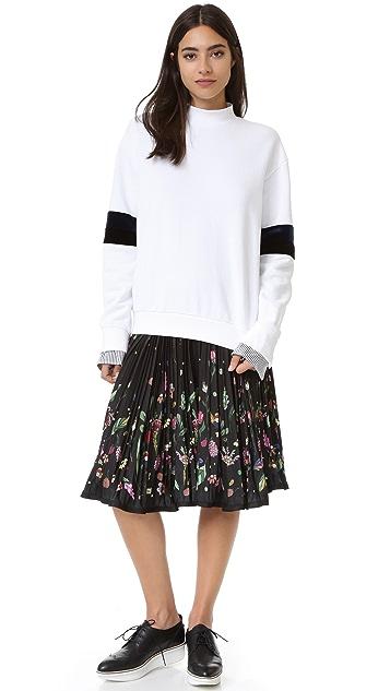 SJYP Stripe Sleeve Sweatshirt