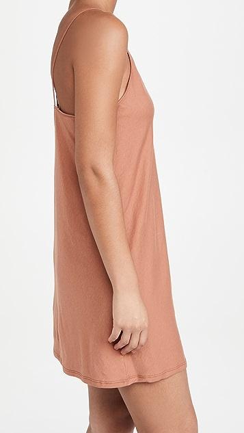 Skin 性感衬裙