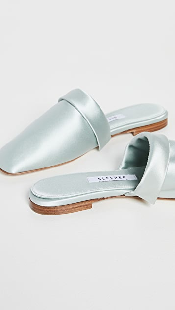 Sleeper Manon Mules with Detachable Feathers