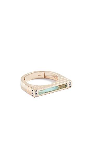Sorellina 18K Gold Ring with Center Stone and Diamonds