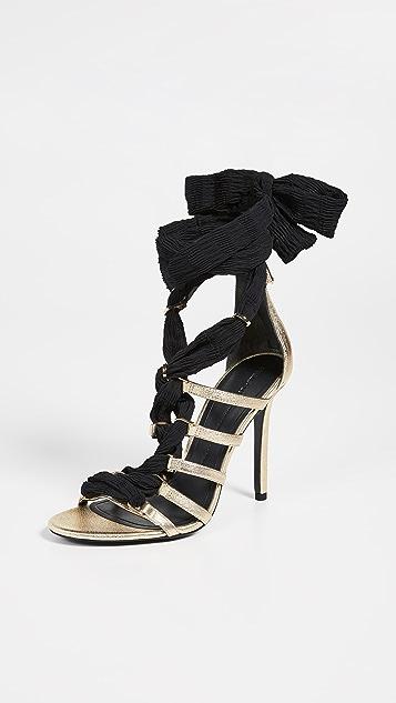 Stella Luna Сандалии из звеньев на каблуках высотой 105 мм