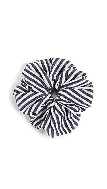 Solid & Striped The Seersucker Scrunchie