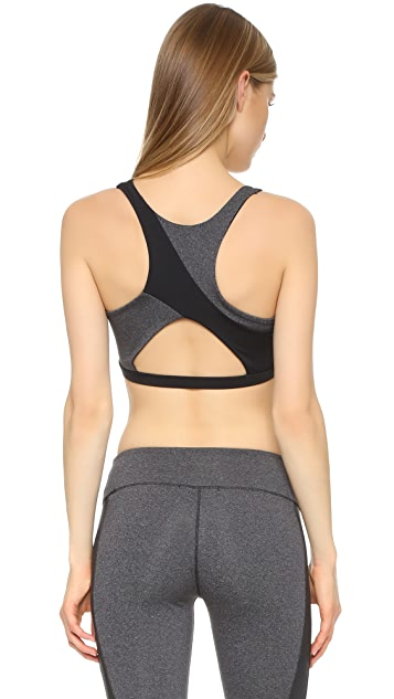 SOLOW Concave Sports Bra