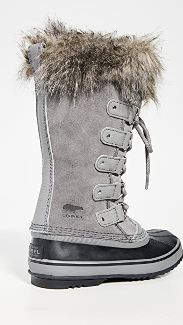 Sorel Joan of Arctic 靴子