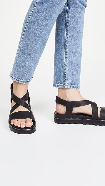 Sorel Roaming 交叠凉鞋