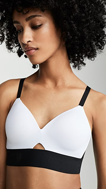 SPANX Workout to Waves Medium Impact Sports Bra