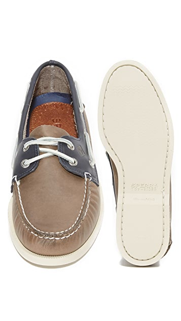 Sperry A/O 2 Eye Sarape Boat Shoes