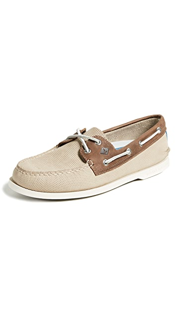 Sperry A/O 2 Eye Perf Boat Shoes