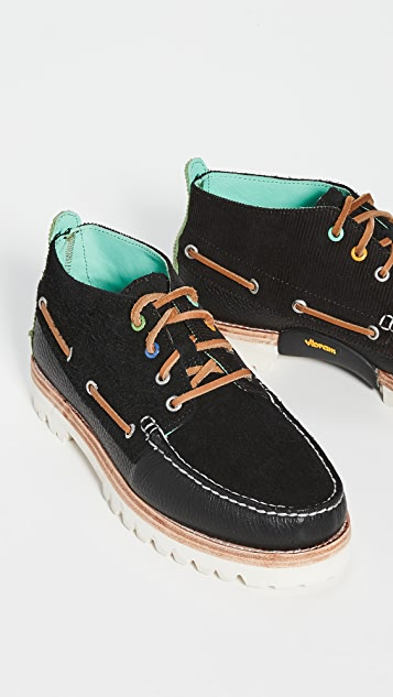 Sperry A/O Chukka Corduroy Boots