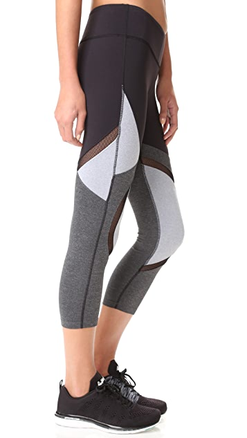 Splits59 Division Performance Capri Leggings