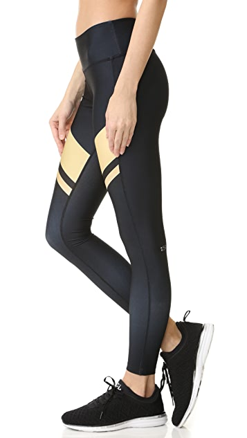 Splits59 Arrow Tight Leggings