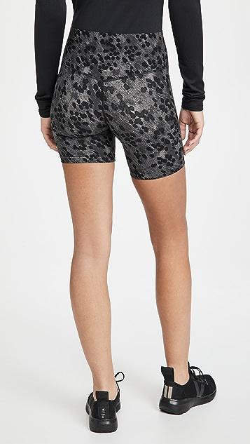 Splits59 Airweight 高腰短裤