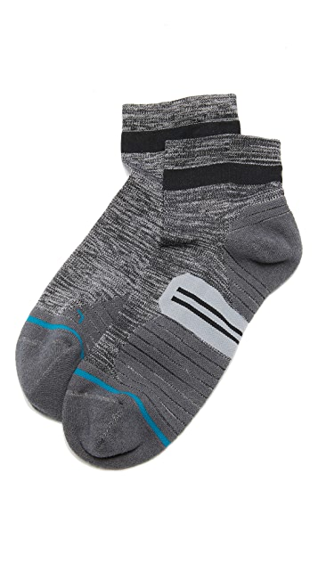 STANCE RUN Uncommon Solids Quarter Socks