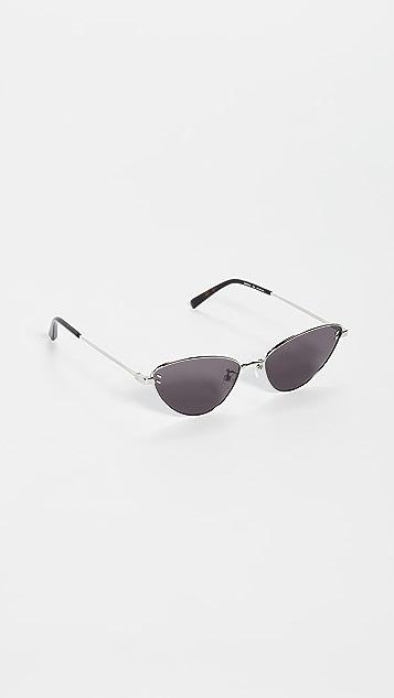 Stella McCartney Солнцезащитные очки Stella Essentials в узкой оправе «кошачий глаз»