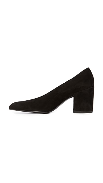 Stuart Weitzman Choke Up Block Heel Pumps