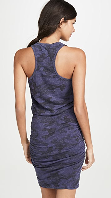 SUNDRY Платье без рукавов с камуфляжным принтом