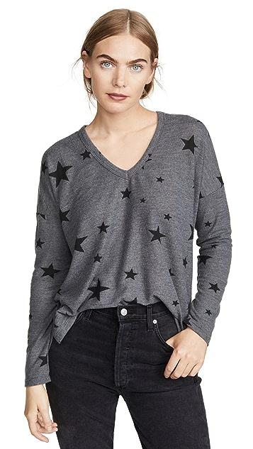 SUNDRY Star Print V Neck Easy Sweater