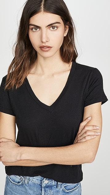 SUNDRY V 领 T 恤