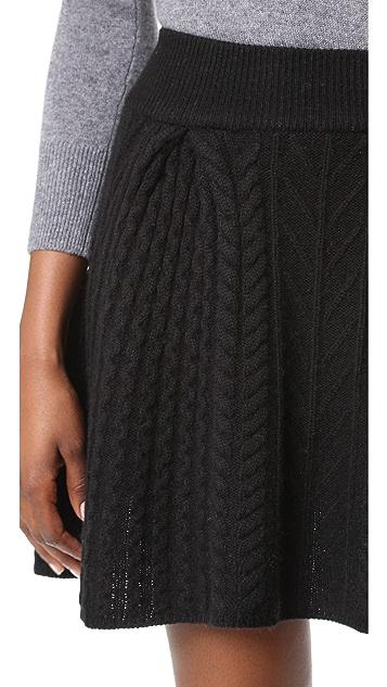 TSE Cashmere Claudia Schiffer x TSE Cable Skirt
