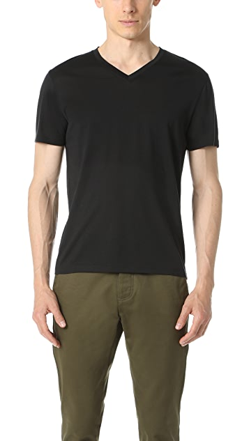 Theory Plaito Claey V Neck Tee