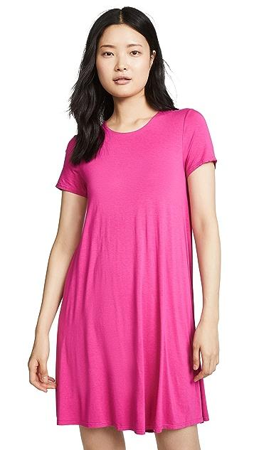 Three Dots Платье с округлым вырезом и короткими рукавами