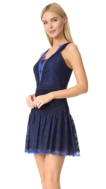 Three Floor Wild Waves Lace Dress