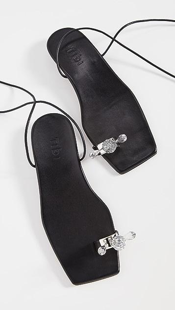 Tibi Shin 趾环凉鞋