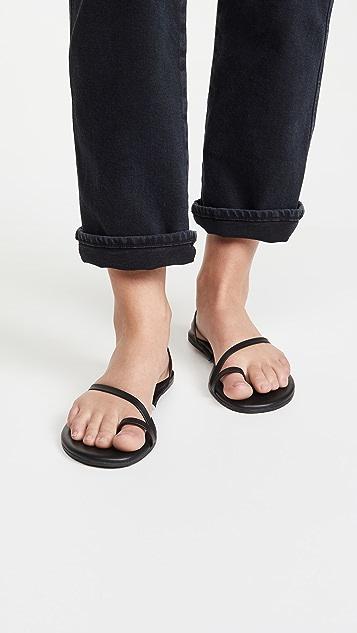 TKEES LC 凉鞋