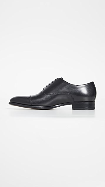 To Boot New York Forley Flex Black Cap Toe Shoes