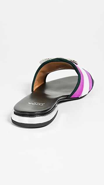 Toga Pulla Buckle Slides