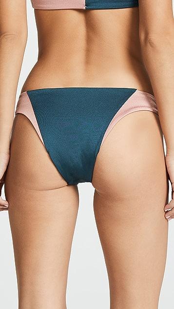 Tori Praver Swimwear Дерзкие плавки бикини Maelyn с широкими отверстиями для ног