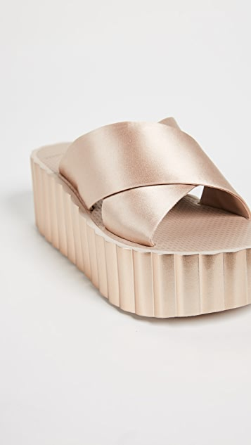 Tory Burch Scallop Wedge Flip Flop