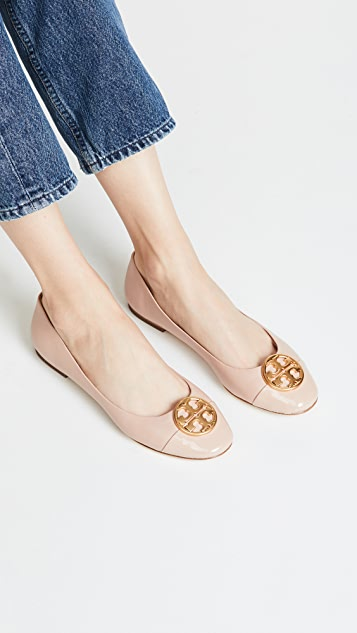 「TORY BURCH Patent Leather Chelsea Cap-Toe Ballet Flats」的圖片搜尋結果
