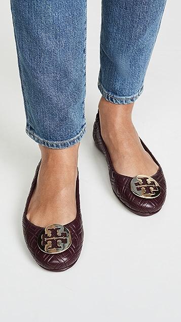 Tory Burch Стеганая обувь на плоской подошве Minnie