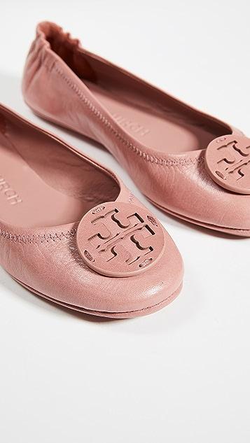 新品上线 Minnie 皮徽标旅行芭蕾平底鞋