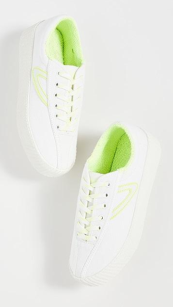 Tretorn Nylite 12 Bold Sneakers