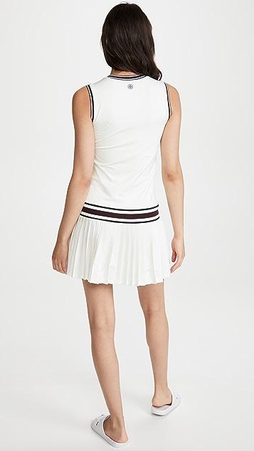 Tory Sport 高性能 V 领网球连衣裙