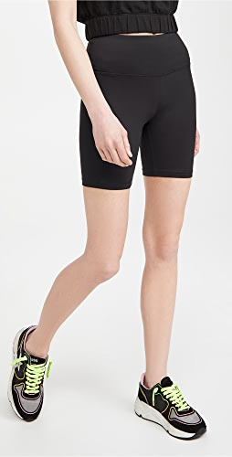 Tory Sport - Weightless Bike Shorts