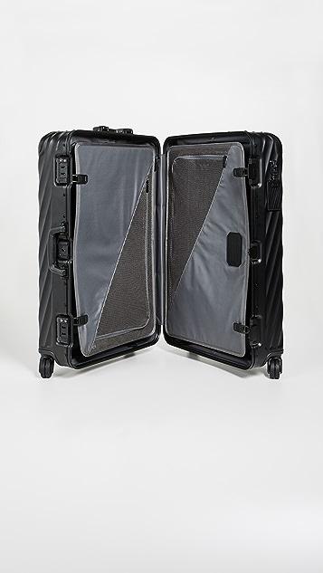 Tumi Дорожный чемодан Tumi 19 Degree из алюминия