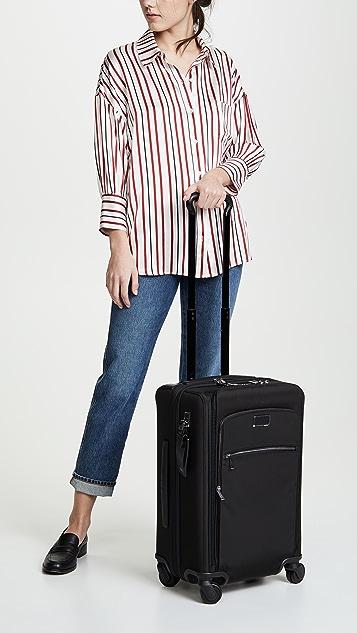 Tumi Дорожный чемодан Larkin Sutter International