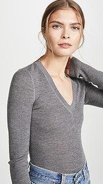 Wash & Go Knit V Neck Top
