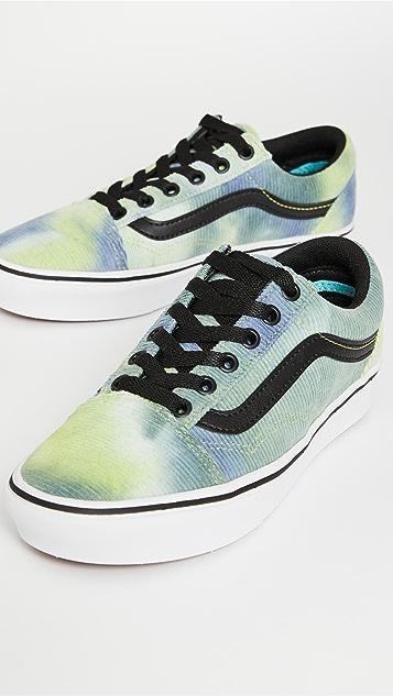 Vans UA Comfycush Old Skool 运动鞋