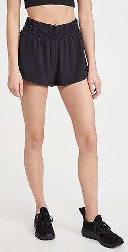 Varley - Kallin Run Shorts
