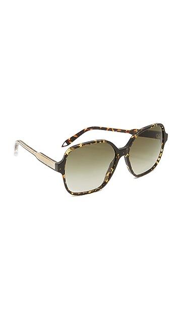 Victoria Beckham Iconic Square Sunglasses