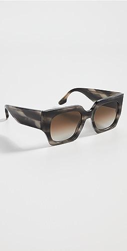 Victoria Beckham - Classic Logo Sunglasses