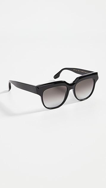 Victoria Beckham 立体太阳镜
